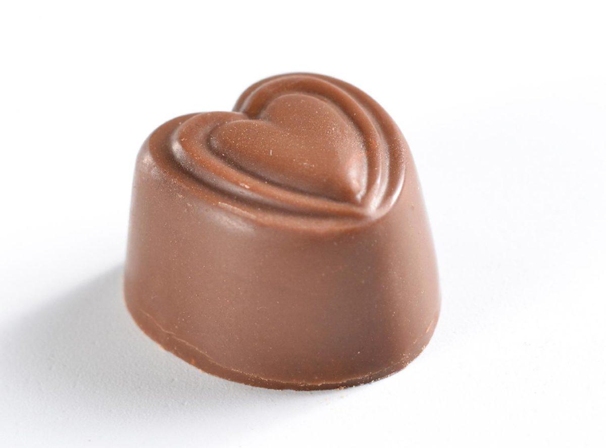 פרלין לבבות שוקולד חלב