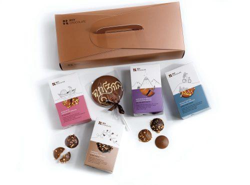 מארז שוקולד חלומות ושוקולד על מקל בהצלחה
