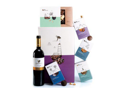 מארז שוקולד עם יין ופרלינים