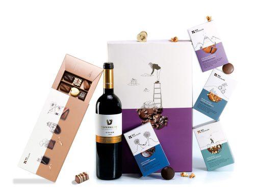 מארז שוקולד עם יין ופרלינים במילויים טעימים