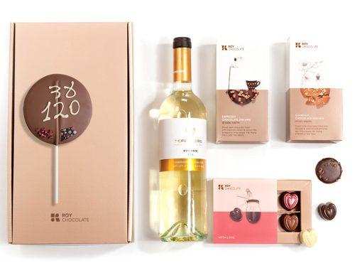 מארז שוקולד חלומות עם פרלינים ויין