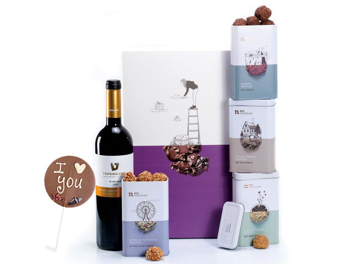 מארז שוקולד עם יין עם שוקולד על מקל